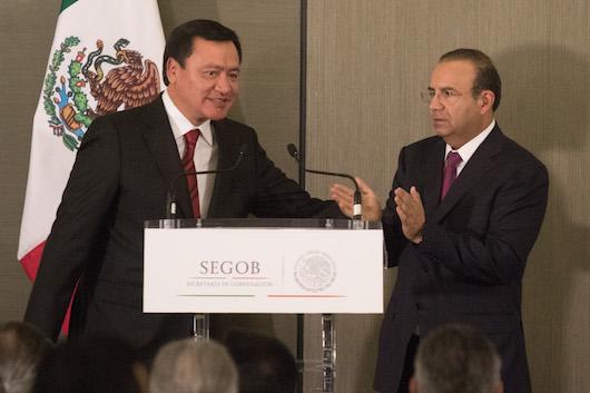 Osorio Chong y Navarrete Prida. Foto: Cuartoscuro.