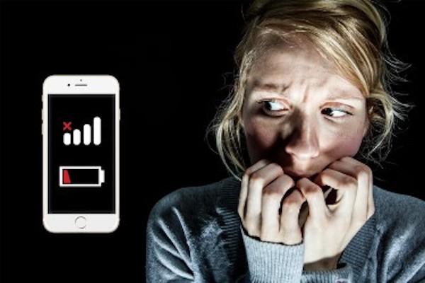 Qué es nomofobia? Tiene qué ver con tu celular