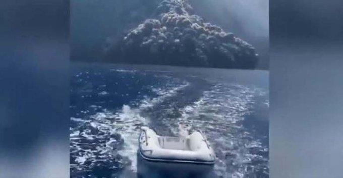 volcan estromboli explosion video agosto 2019