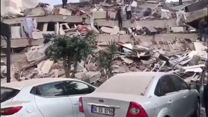 Sismo de 7 en Turquía y Grecia deja muertos, derrumbes y alerta de Tsunami