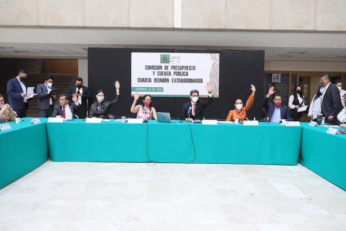 Morena en Comisión de Presupuesto en San Lázaro aprueba opinión a favor de reforma eléctrica; no se le moverá ni una sola coma, advierte