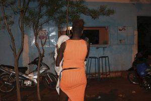 Minas de oro en Burkina Faso generan tráfico sexual