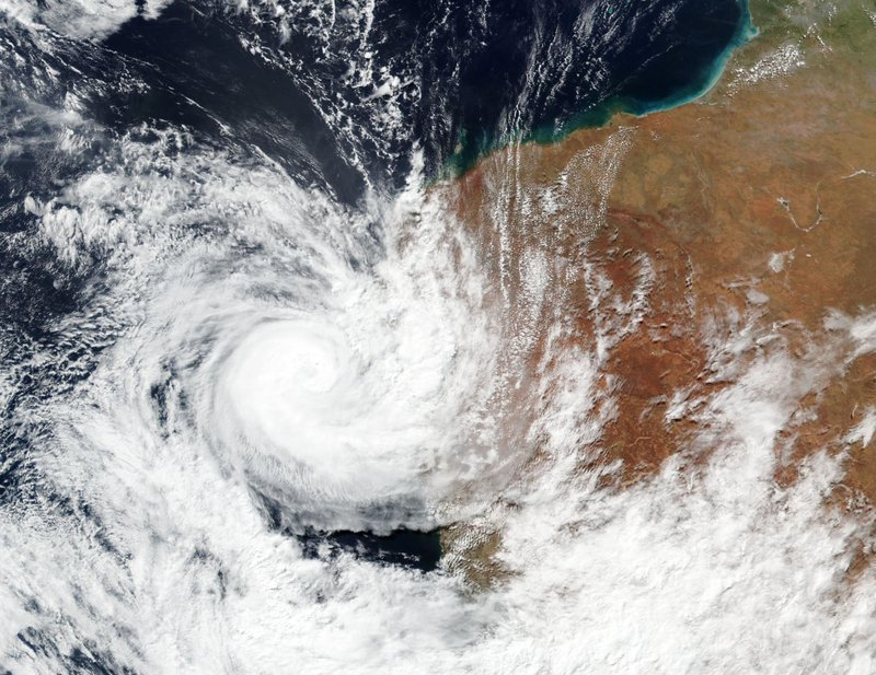 Un ciclón deja a 31 mil 500 personas sin luz en Australia