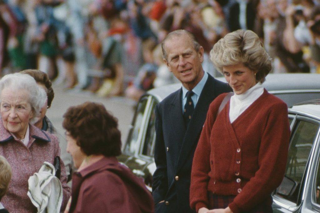 Conoce los mayores escándalos del príncipe Felipe, esposo de Isabel II