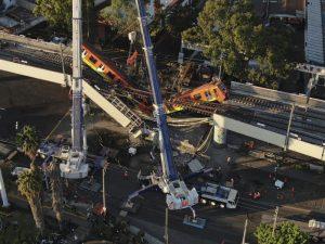 Conmoción en México por desplome de metro, al menos 24 muertos