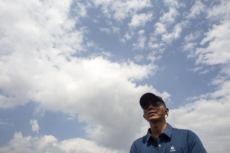 Un chino es el primer asiático ciego en ascender al Everest
