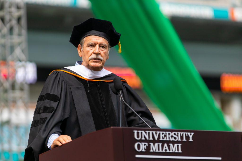 Ex presidente de México, Fox Quesada, recibió honoris causa por Universidad de Miami