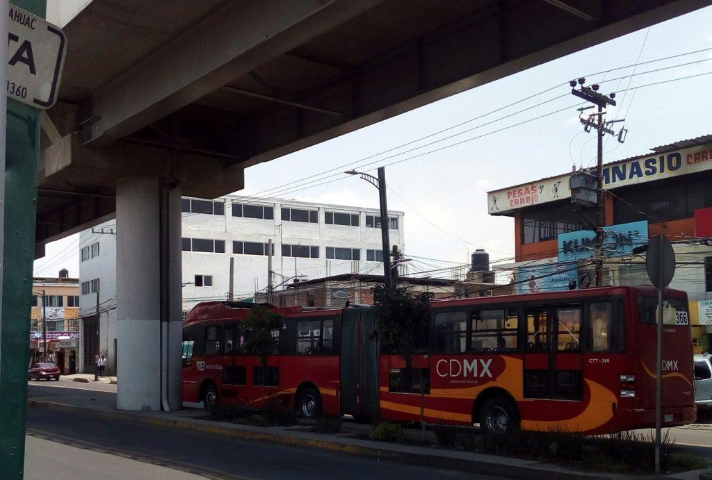 Habrá carril exclusivo para Metrobús en la avenida Tláhuac