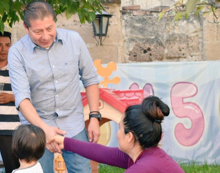 Presunta expareja exige al candidato a alcalde del PAN en Hidalgo reconocer a su hija