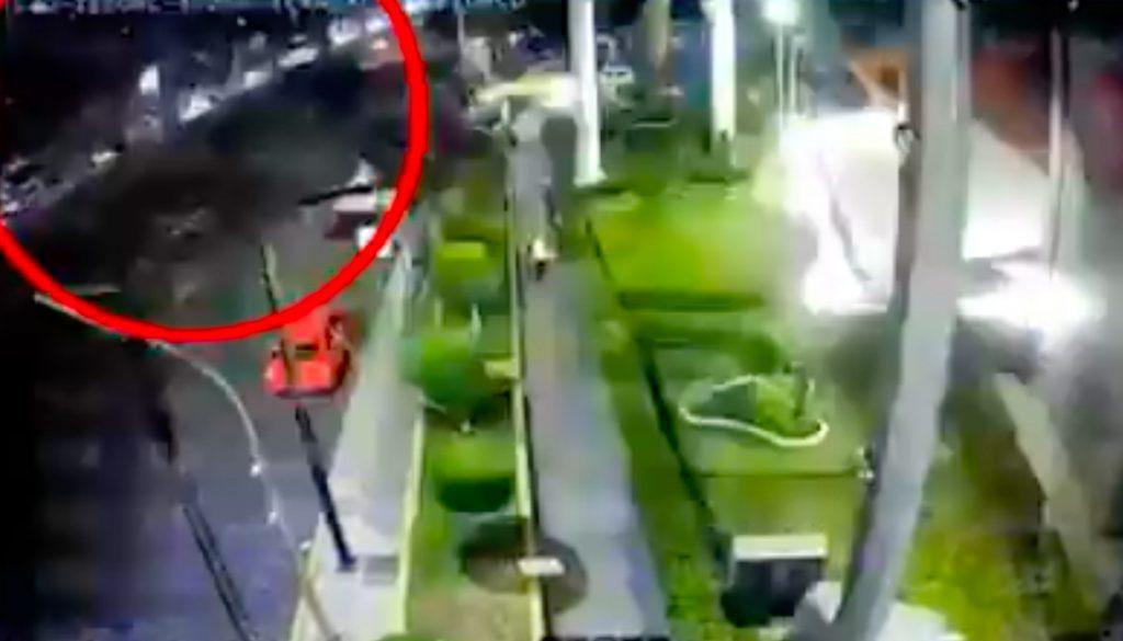 Exhiben otro video del colapso del Metro de la Línea 12