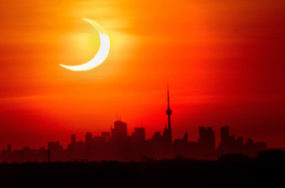 Así recibió el hemisferio norte al eclipse solar anular esta mañana