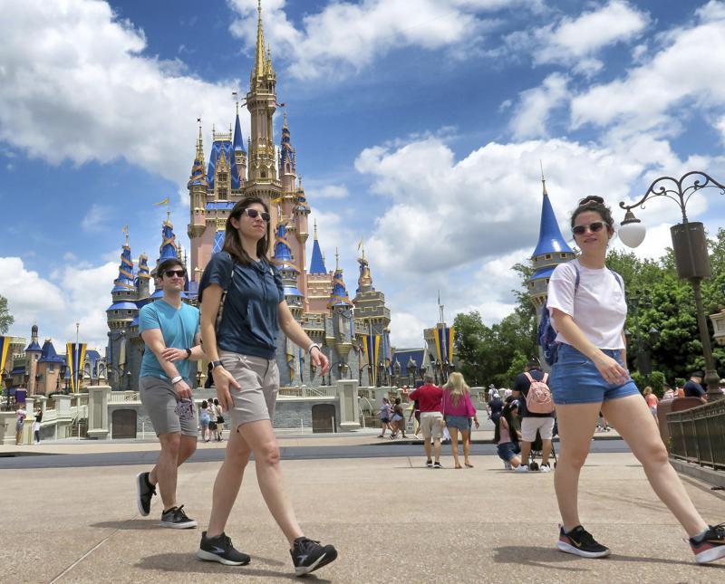 Será opcional el uso de cubrebocas en Disney World Florida Foto: AP