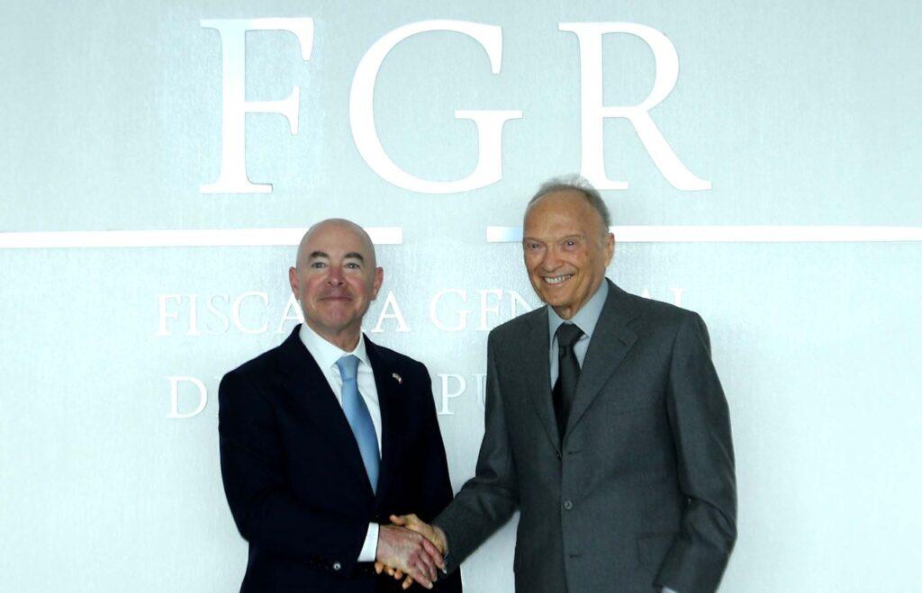 Titular de FGR se reunió con el Secretario de Seguridad de EUA, Alejandro Mayorkas