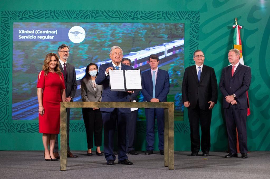 Firman contrato para adquirir trenes del Tren Maya