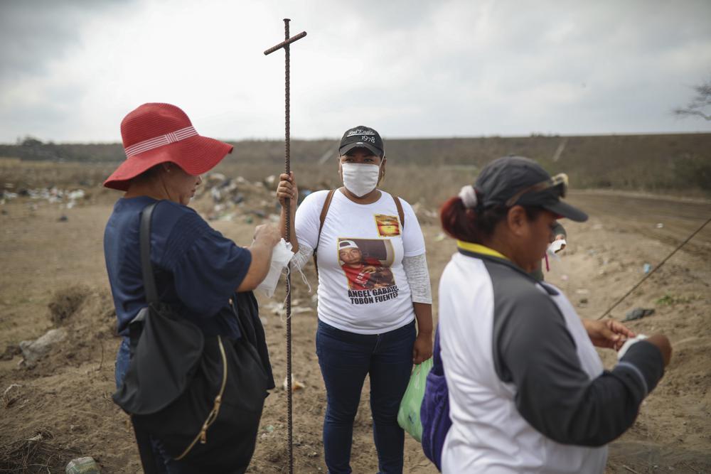 Voluntarios que buscan a los 'desaparecidos' de México se convierten en objetivos Foto: AP