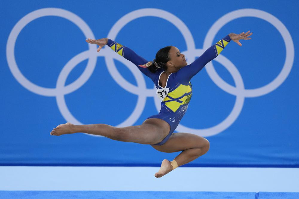 Sunisa Lee, oro en gimnasia; Rebeca Andrade logra histórica plata