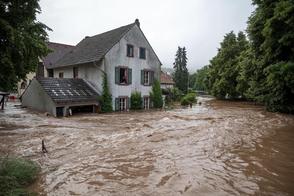 Más de 30 muertos en graves inundaciones en Europa