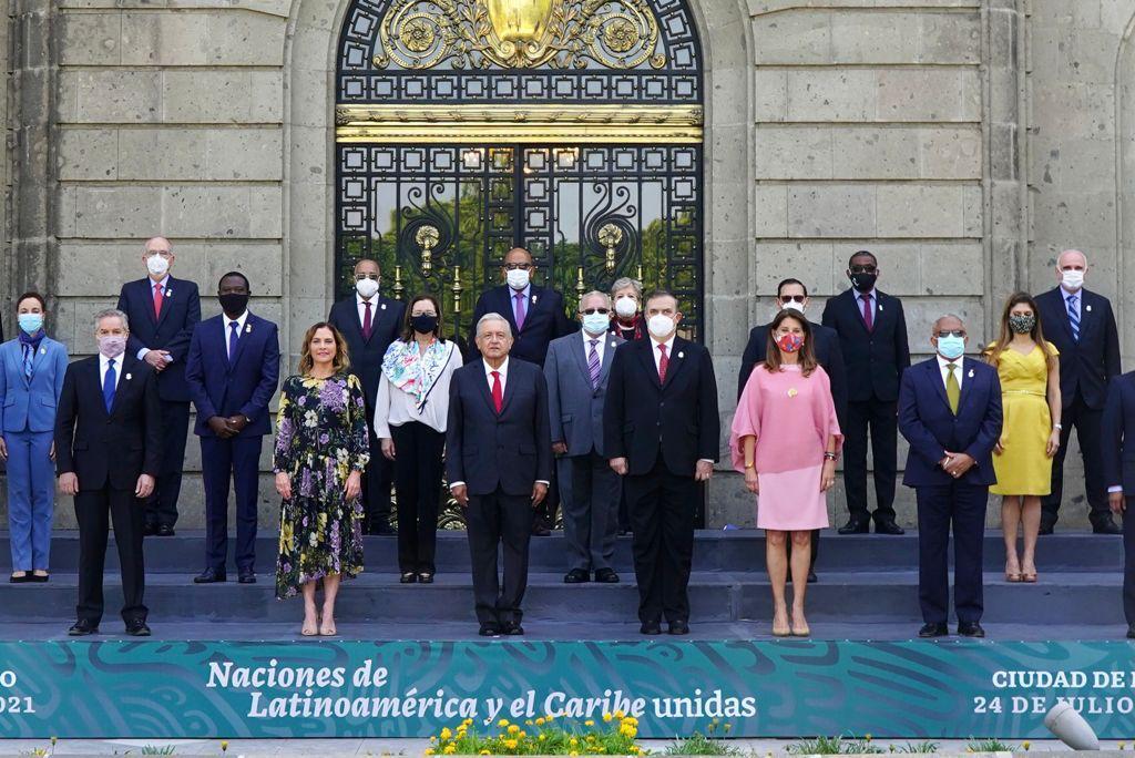 AMLO propone integración como la Unión Europea
