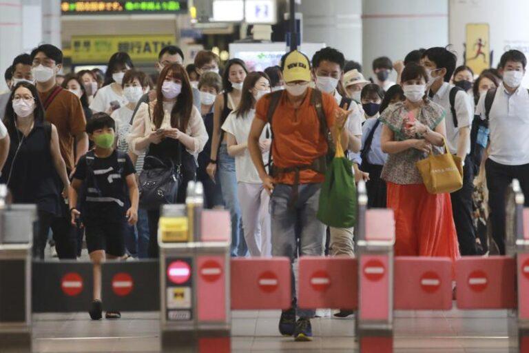 Nuevo récord de casos de COVID en Tokio tras inicio de JJOO Foto: AP