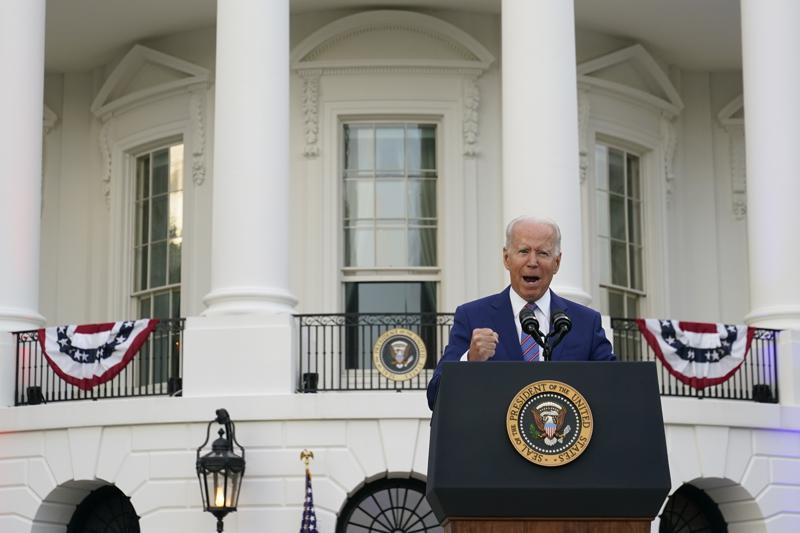 Biden: EEUU se recupera, pero el COVID-19 persiste
