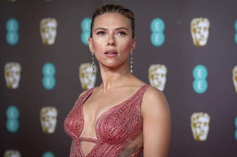 "Scarlett Johansson demanda a Disney por estreno de ""Black Widow"" Foto: AP"