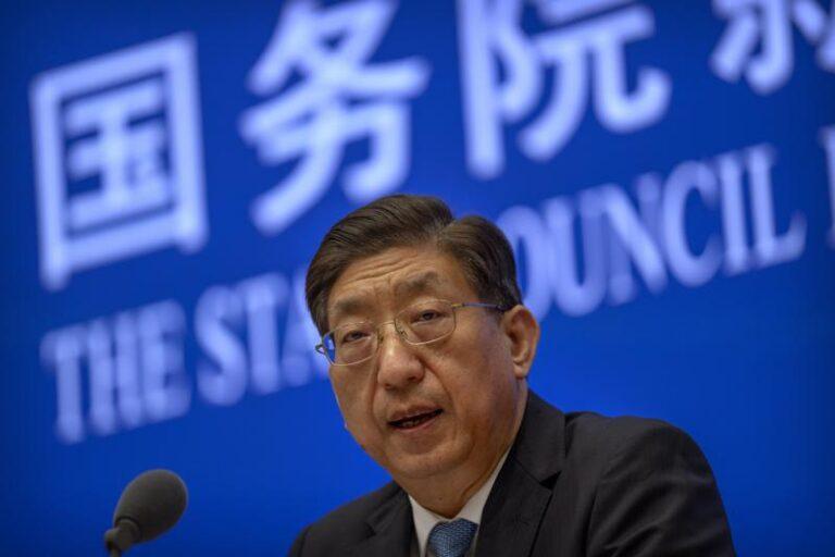 China rechaza plan de la OMS para estudiar orígenes de COVID