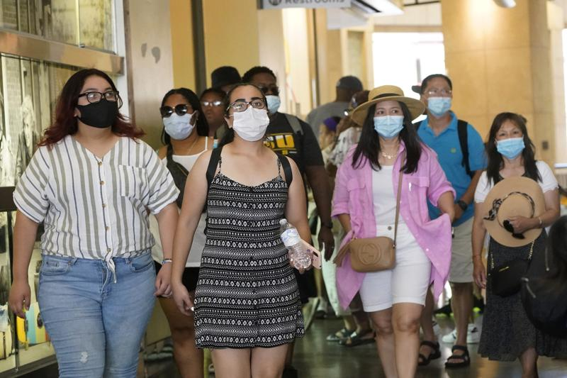 Los Ángeles impone nuevamente el uso de mascarillas Foto: AP