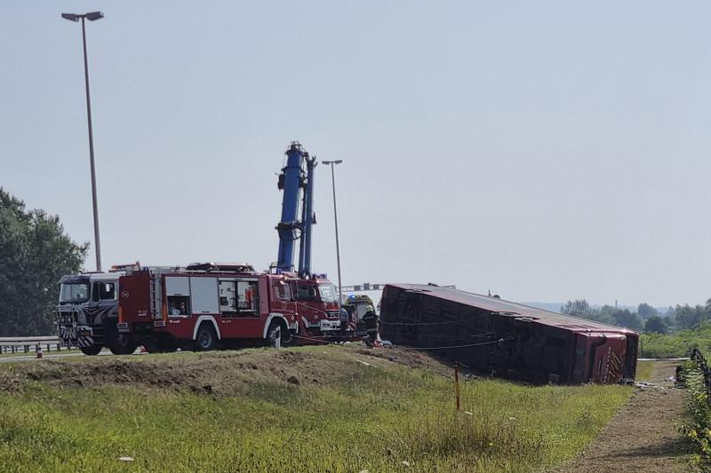 Croacia: 10 muertos y 44 heridos en accidente de autobús
