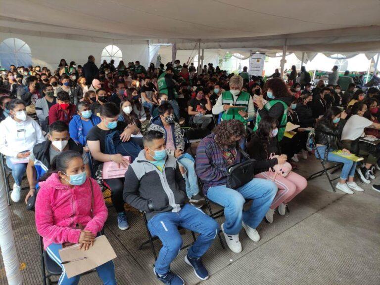 Gobierno CDMX pide no colarse masivamente a vacunación