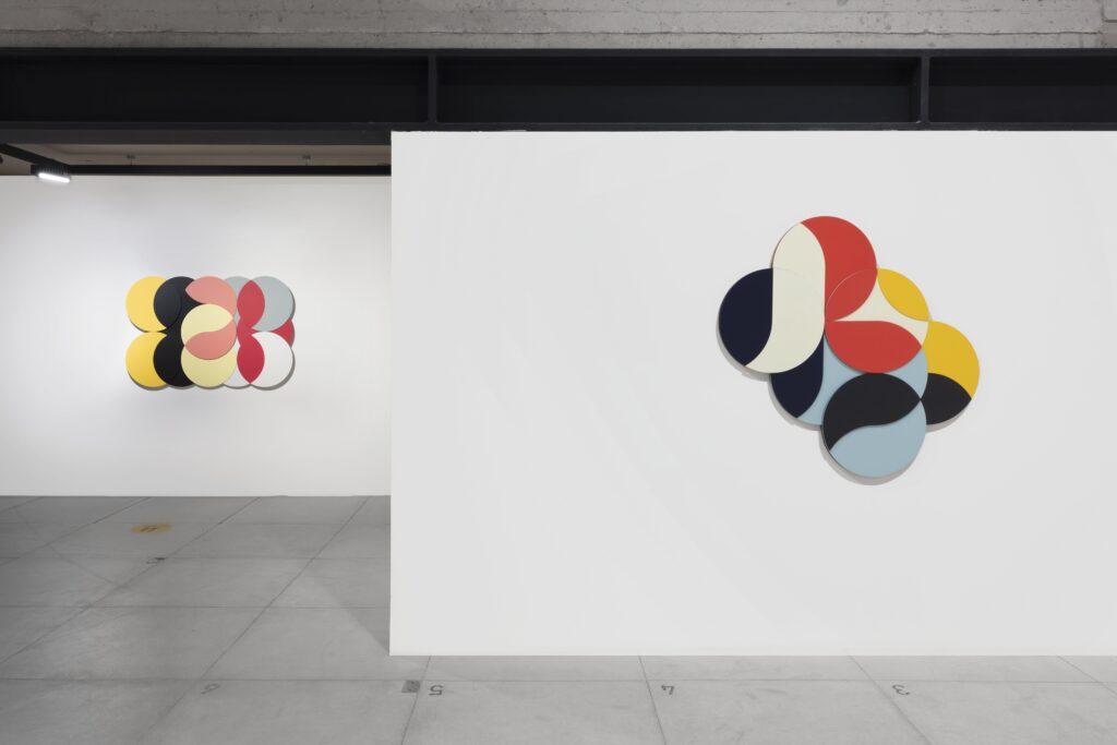 Galería RGR presenta Módulo de Integración de Omar Ibáñez y Paisaje Ritual de Francisco Muñoz