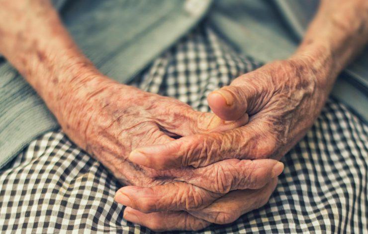 Adultos mayores Foto: Cetys