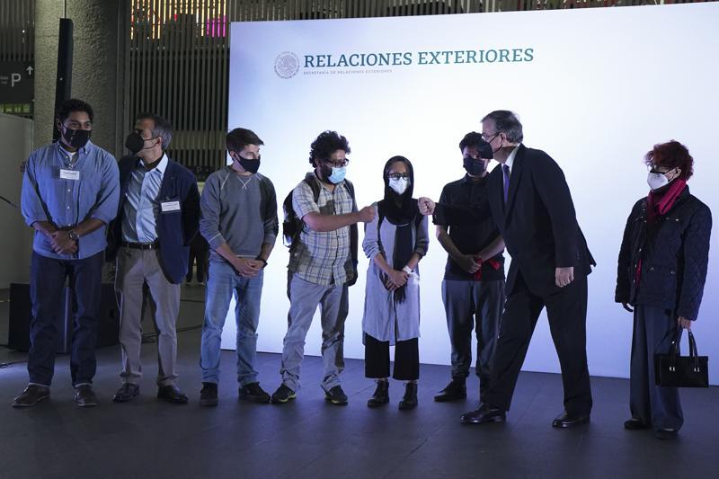 México acoge a periodistas afganos y sus familias