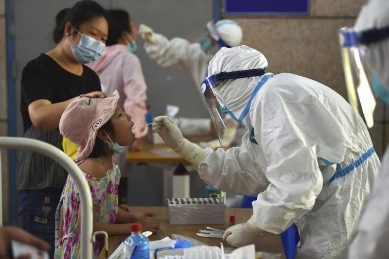 China aísla ciudad al agravarse el brote de coronavirus