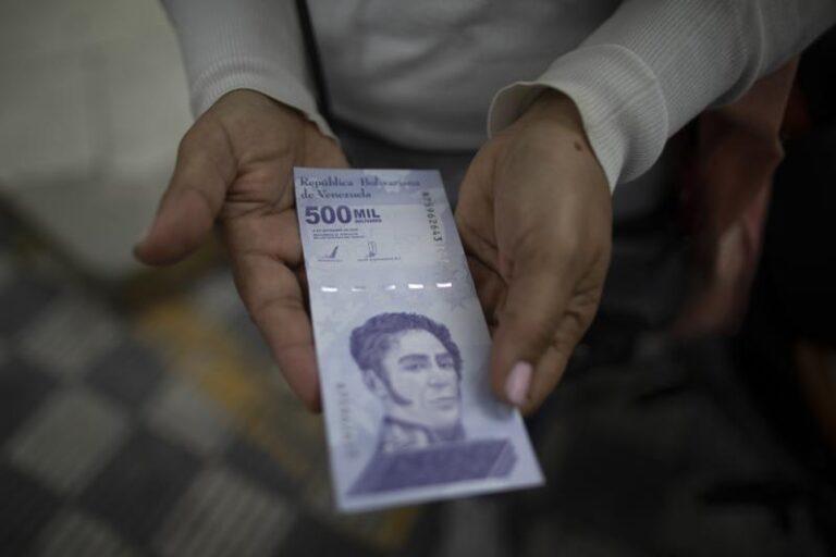 Retiran seis ceros a la moneda de Venezuela