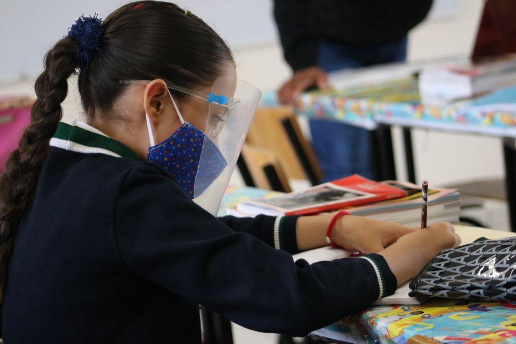 Regresan a clases 11 millones de alumnos: SEP