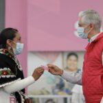 4 mil tarjetas del Salario Rosa entregó Alfredo Del Mazo