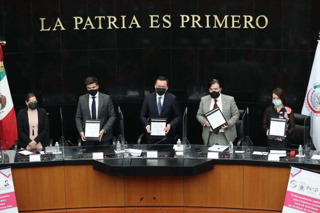 Para tener leyes bien hechas se capacitará a legisladores de congresos estatales: Osorio Chong Foto: Internet