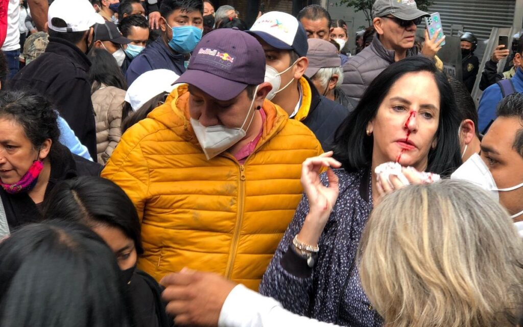 agresión Foto: Aristegui Noticias