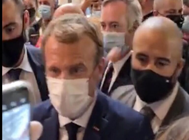 Hombre que lanzó huevo a Macron, en tratamiento psiquiátrico