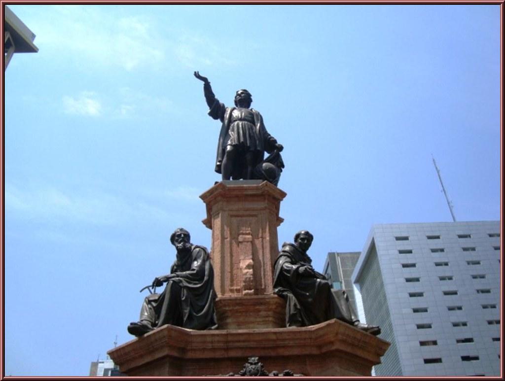 Celebra PRD decisión del gobierno capitalino de dar marcha atrás a la decisión de quitar el monumento a Cristóbal Colón Foto: Internet