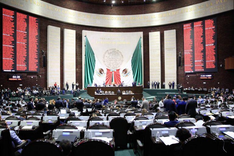 No se restituirán los fondos eliminados como lo demanda la oposición, advierte Morena Foto: Internet