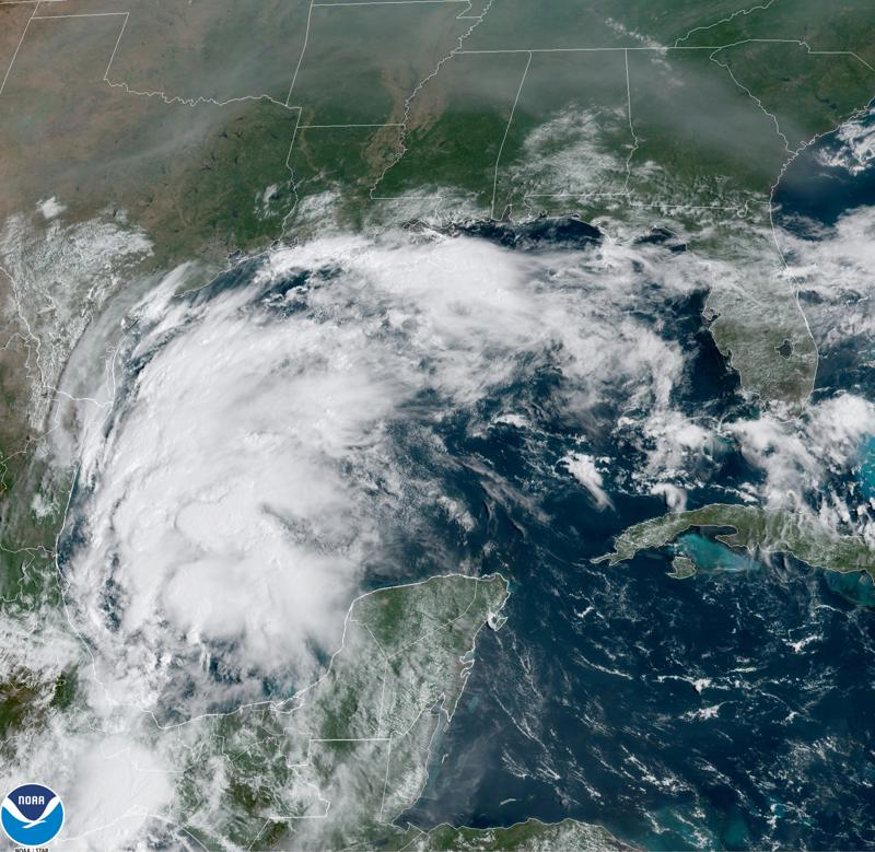 Tormenta tropical Nicholas aumenta fuerza en Golfo de México Foto: AP