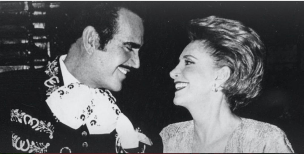 Hospitalizada 'Doña Cuquita', esposa de Vicente Fernández