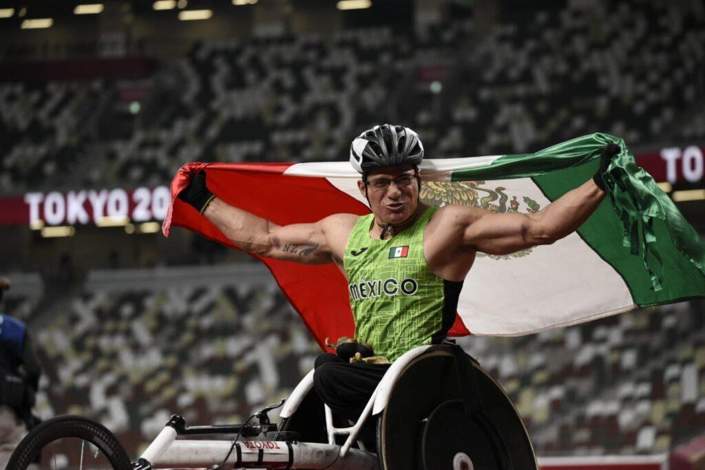 Juan Pablo Cervantes consigue bronce en la final de atletismo