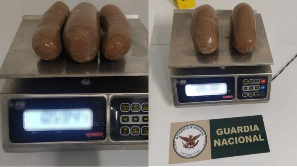 Guardia Nacional detuvo en Tijuana a mujeres que transportaban en su cuerpo cocaína