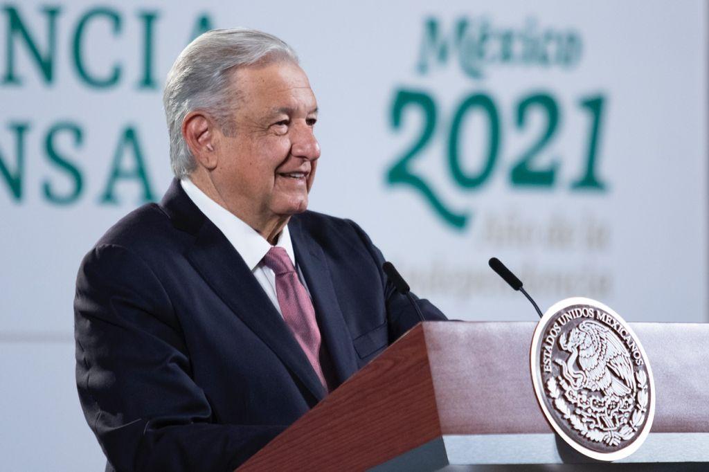Gira para despedir a gobernadores salientes: AMLO Foto: Presidencia