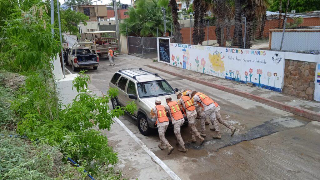 """SEDENA activa """"Plan DN-III-E"""" por presencia de tormenta tropical 'Olaf' en La Paz, Baja California **FOTOS SEDENA***"""