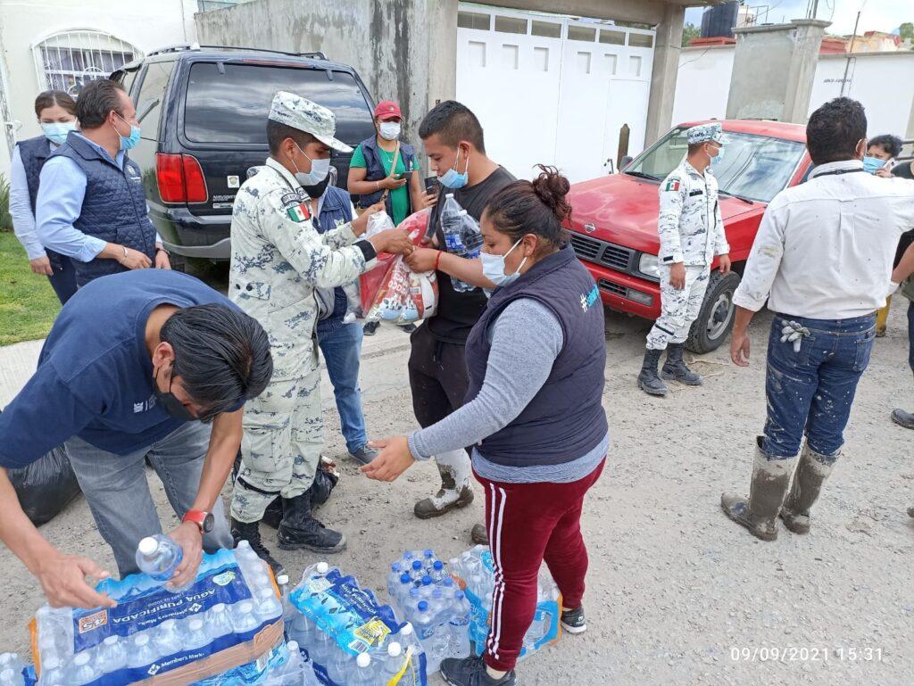 """Guardia Nacional apoya en entrega de apoyos a las familias afectadas por el desbordamiento del """"Río Tula"""" **FOTOS GN***"""