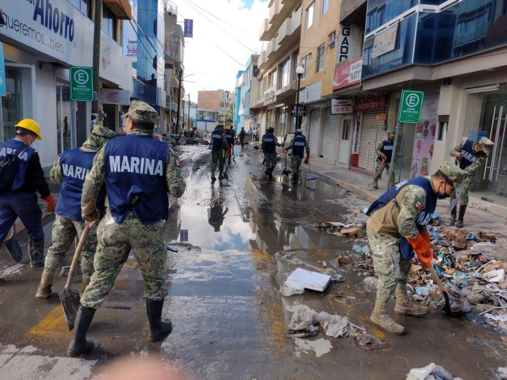 SEMAR mediante el 'Plan Marina' remueve 140 toneladas de basura, lodo y escombro en Tula, Hidalgo ***FOTOS SEMAR***