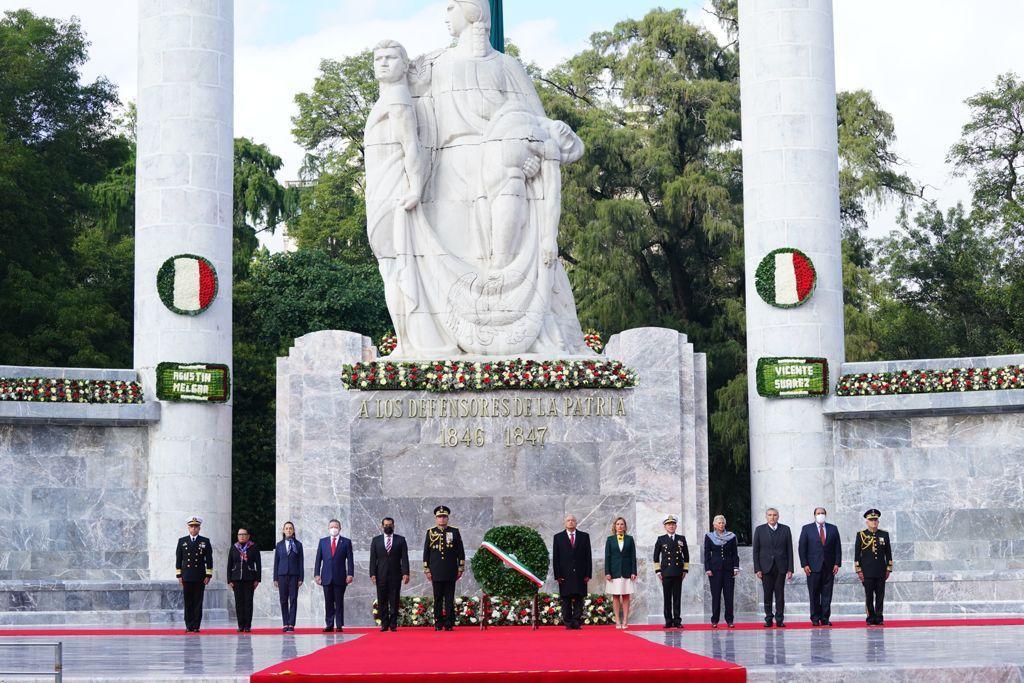 AMLO encabeza ceremonia de la Gesta Heroica de los Niños Héroes Foto: Presidencia